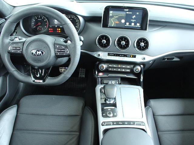 Kia Stinger 3.3T AWD GT AT ACC|LED|Fugel Sport