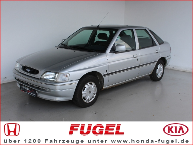 Ford Escort 1.6i CLX Radio