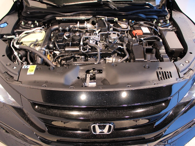 Honda Civic 1.0 i-VTEC Turbo Dynamic Navi|Leder|inkl. WR