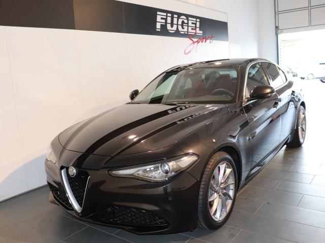 Alfa Romeo Giulia 2.2 Diesel Sportiva Edit. AT Xen. Navi