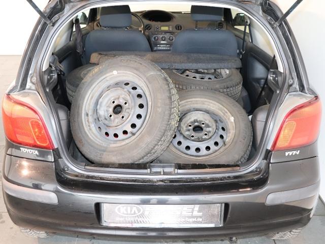 Toyota Yaris 1.0 C 3tg.