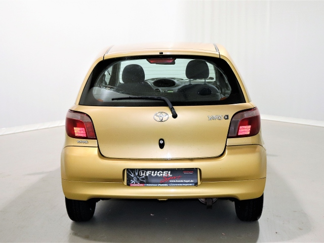 Toyota Yaris 1.0 Linea Sol 3tg.