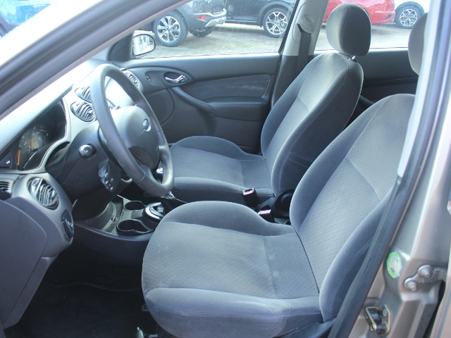 Ford Focus 1.8 Ghia Klima