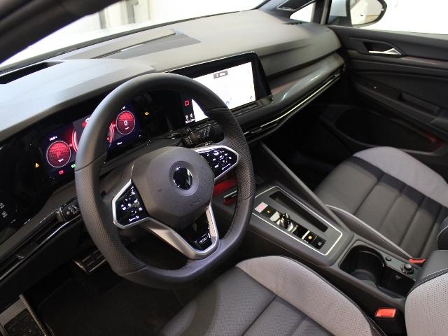 VW Golf GTD 2,0 TDI DSG IQ.LIGHT+HARMANKARDON+LEDER