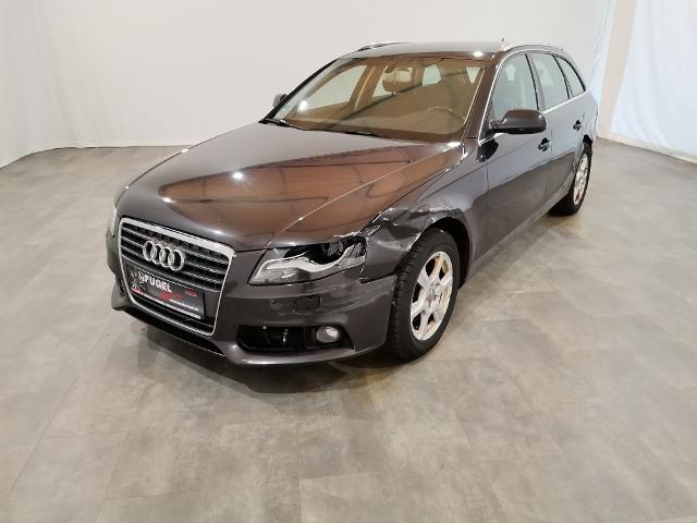 Audi A4 Avant 2.7 TDI Attraction AT|Xenon
