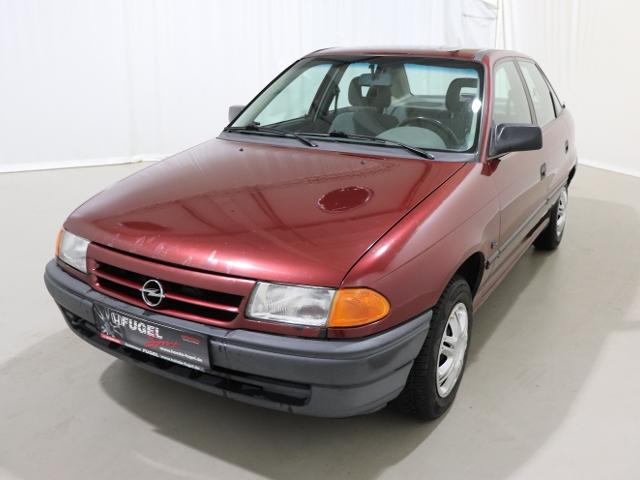 Opel Astra F 1.6 Limousine