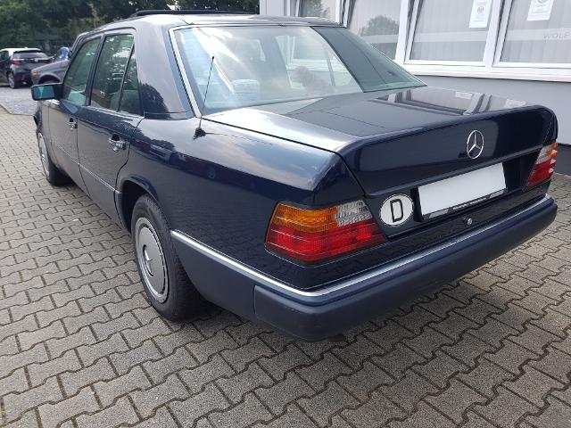 Mercedes-Benz E 230 Automatik W124 - gepflegter Youngtimer -